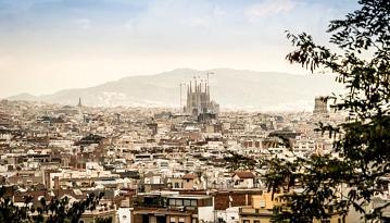 Летим в Барселону в две стороны всего за 9800 рублей в две стороны