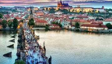 Летим из Москвы в Прагу всего лишь за 8950 рублей туда-обратно