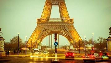 Летим из Москвы в столицу Франции всего за 11700 рублей в две стороны